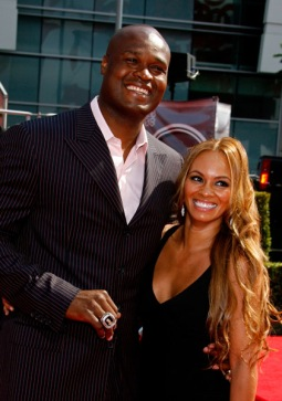 antoine-walker-and-girlfriend