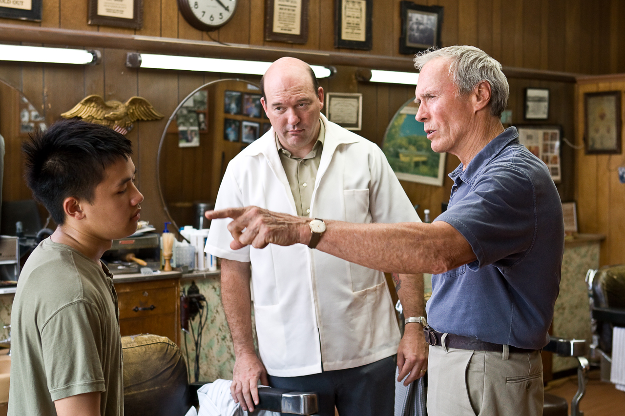 notes on gran torino 2016/01/05 gran torino 's walt represents a traditional character struggling to accept an increasingly multicultural society the juxtaposition between the hmong's chaotic house, its paint cracking and lawn ripped up to walt's orderly house.