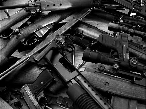 A pile of guns